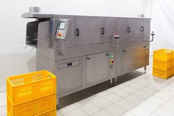 машина +для мойки ящиков +на пищевом производстве