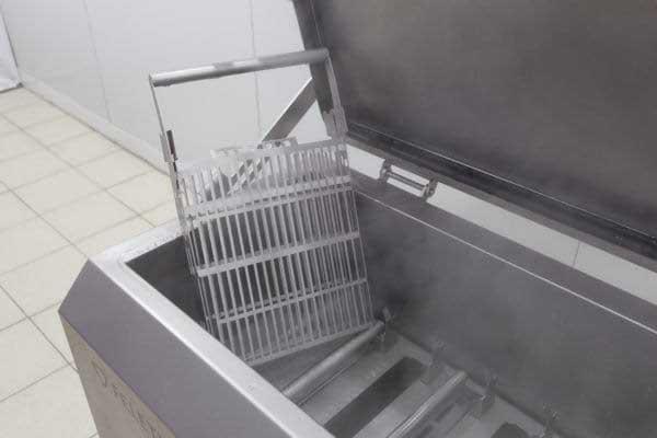 промышленный стерилизатор инструментов